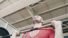 奥林匹克运动员行使重量酒吧 股票录像