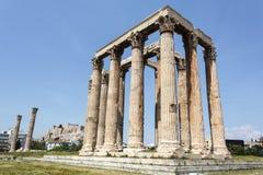 奥林山宙斯寺庙的废墟在雅典,希腊 免版税库存照片