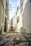 奥特朗托,意大利迷人的街道  免版税库存照片