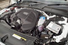 奥迪A4 2016年引擎 库存照片