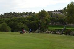 奥里韦拉肋前缘的高尔夫球场 免版税库存图片