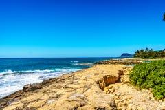 奥阿胡岛海岛的西海岸的岩石海岸线Ko Olina度假区的  库存照片