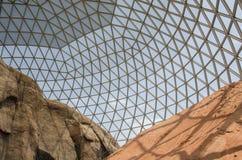 奥马哈` s亨利Doorly动物园沙漠圆顶 库存照片