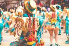 奥鲁罗,玻利维亚- 2018年2月10日:奥鲁罗狂欢节的舞蹈家 免版税库存图片