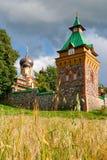 女修道院爱沙尼亚puhtitsa 免版税库存图片