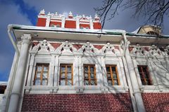 女修道院novodevichy的莫斯科 颜色冬天照片 图库摄影