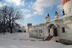 女修道院novodevichy的莫斯科 颜色冬天照片 免版税库存照片