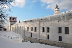 女修道院novodevichy的莫斯科 颜色冬天照片 库存照片