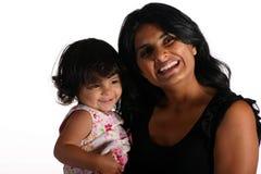 女儿愉快的母亲 免版税库存图片