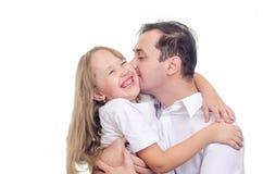 女儿穿戴了容忍父亲山雪板运动立场诉讼顶层 免版税图库摄影