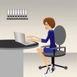 女商人在办公室工作 向量例证