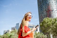 女商人在巴塞罗那 免版税库存照片