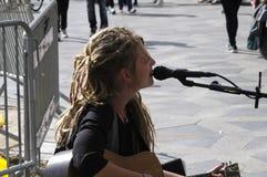女士 佐良PEYK歌手街道音乐家 免版税库存照片