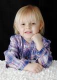 女婴纵向微笑的年轻人 免版税库存图片