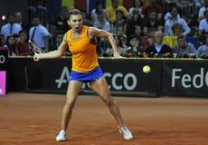 女子在比赛期间的网球员西莫娜・哈勒普 免版税图库摄影