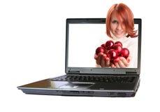 女孩个人计算机 免版税图库摄影