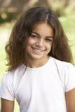 女孩公园纵向年轻人 免版税库存图片
