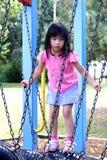 女孩公园 免版税库存图片