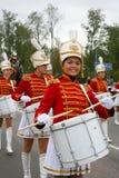 女孩军乐队女队长鼓手 免版税库存图片