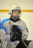 女孩冰球比赛 免版税库存图片