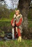 女孩北欧海盗战士 免版税库存图片