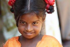 女孩印地安人村庄 免版税图库摄影