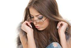 女孩可爱的unglasses 免版税库存图片