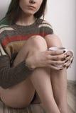 女孩和咖啡 免版税图库摄影