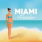 女孩和海滩象 迈阿密佛罗里达设计 背景装饰图象风格化漩涡向量挥动 向量例证