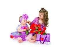 女孩和礼物 库存照片
