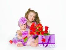 女孩和礼物 库存图片
