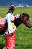 女孩和马 免版税图库摄影