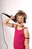 女孩唱歌 免版税图库摄影