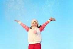 女孩在冬天 户外子项 免版税图库摄影