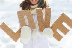 女孩在冬天 免版税库存图片