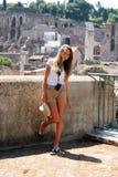 女孩在度假在罗马 库存照片