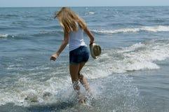 女孩在度假 免版税图库摄影