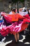 女孩在狂欢节期间的跳舞佛拉明柯舞曲 免版税库存图片