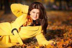女孩在秋天 库存图片