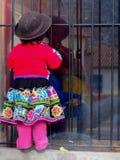女孩在视窗里 免版税图库摄影