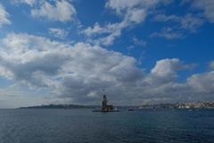 女孩塔纪念碑在伊斯坦布尔 图库摄影