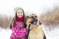 女孩孩子和狗 库存图片