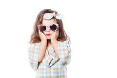 女孩孩子时尚画象  太阳镜 库存照片
