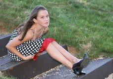 女孩室外公园设置 免版税库存图片