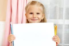 女孩小的铅笔 免版税库存照片
