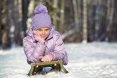 女孩少许冬天 户外子项 免版税库存图片