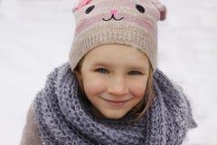 女孩少许纵向冬天 免版税图库摄影