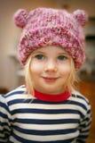 女孩帽子佩带 免版税库存照片