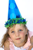 女孩帽子当事人佩带的年轻人 免版税库存照片