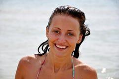 女孩微笑的夏天 免版税图库摄影